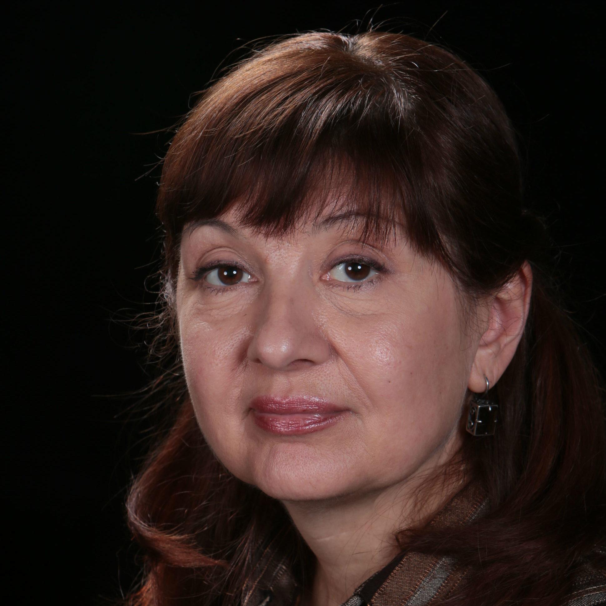 Лариса Вретос